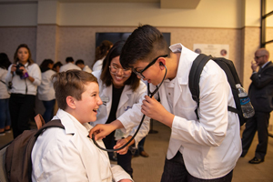 WesternU Partners with Kaiser Permanente Hippocrates Circle to Inspire Middle School Students to Become Doctors